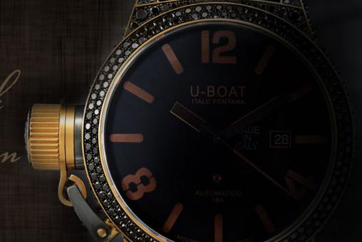arabic-numerals-u-boat-precious-black-swan-8000-replica-watches